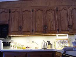 Direct Wire Under Cabinet Puck Lighting by Under Cabinet Lighting Options Designwalls Com
