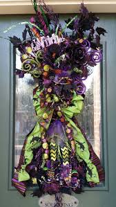 Halloween Mesh Wreaths by Best 20 Scary Halloween Wreath Ideas On Pinterest Tulle Wreath