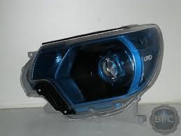 toyota tacoma hid fog lights 2013 toyota tacoma urd black blue hid projector headlight