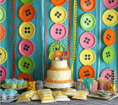 party backdrops 11 simple and unique paper plate birthday party backdrops disney