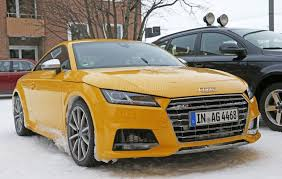 2017 audi tt rs spy photos reveal manual gearbox for the first