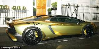 gold plated lamborghini aventador lamborghini gets fined after parking illegally in mayfair daily
