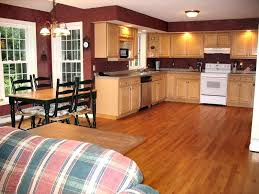 kitchen ideas with maple cabinets kitchen wall colors with maple cabinets 5 top wall colors for
