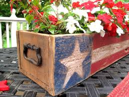 patriotic pallet wood centerpiece scavenger chic