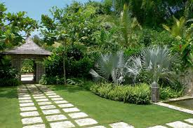 Front Door Garden Design Ideas