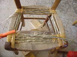 rempailler une chaise album rempaillage classique en paille recouverte a la