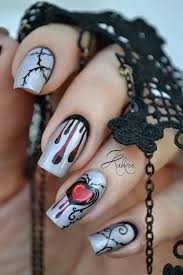 50 spooky halloween nail art designs halloween nail designs
