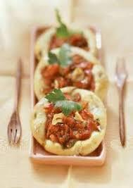 cuisiner poivron mini pizzas a l ail au poivron et au persil