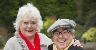 how tall was ronnie corbett comedy giant was never afraid to make