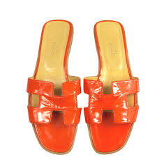 hermès oran sandals orange patent leather select style