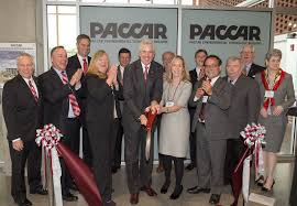 paccar inc wsu celebrates new paccar environmental technology building