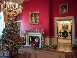christmas decorated home white house reveals 2017 christmas decorations abc news