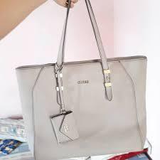 Tas Guess tas guess original preloved fesyen wanita tas dompet di carousell
