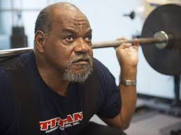 Blind Fitness Blind Veteran Power Lifts His Way To World Games