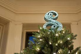 monogram tree topper 9 merry and bright diy christmas tree toppers babble