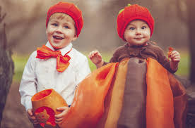 9 family halloween costumes that will make you glad you had kids