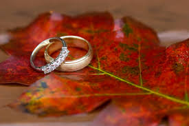 fall themed wedding the benefits of a fall wedding mywedstyle