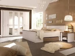 Schlafzimmer Welche Farbe Passt Beautiful Braune Wandfarbe Schlafzimmer Contemporary Amazing
