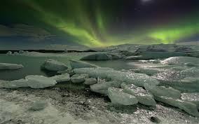 iceland in january northern lights pictures of the day 6 january 2012 telegraph