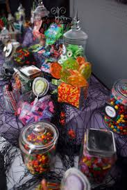 best 20 halloween candy bar ideas on pinterest halloween candy