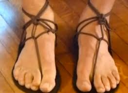 How To Tie Someone Up In Bed How To Tie Xero Shoes Barefoot Running Sandals