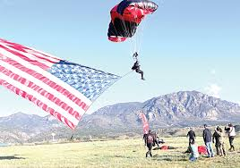 Displaying The Us Flag Spartan Race Draws Thousands U2013 Fort Carson Mountaineer