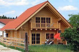 Haus Kaufen Holzhaus Wohnblockhaus Aus Rundholzstämmen Perr Blockhäuser Riedering