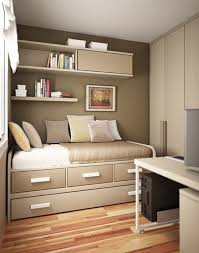 maximize space small bedroom how to maimize space in a small bedroom how tikspor
