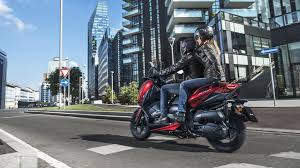 2018 yamaha x max 125 scooter revealed in europe
