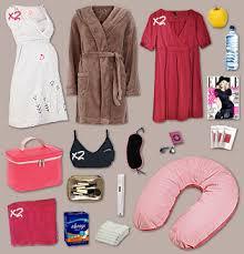 robe de chambre maternité bien préparer sa valise pour la maternité mamansactives fr