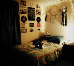 Cool Wall Decoration Ideas For Hipster Bedrooms Hipster Bedroom Bibliafull Com