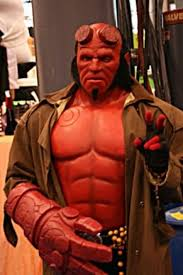Hellboy Halloween Costume 25 Badass Cosplayers Holytaco