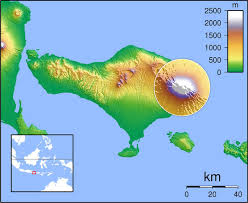 bali indonesia map mount agung map where is the bali volcano threatening to erupt