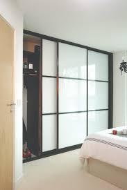 astonishing how to fit sliding wardrobe doors bq roselawnlutheran