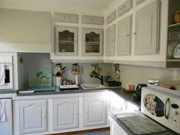 peindre une cuisine en chene rustique repeindre meuble rustique repeindre les meubles de sa cuisine