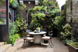 Backyard Beer Garden - backyard landscaping ideas