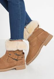 ugg womens demi boot discount ugg cowboy biker ankle boots sale ships free