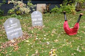 Yard Halloween Decorations Landscaping Landscaping Ideas Front Yard Halloween Decorations