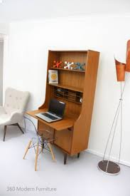Ultra Modern Desks by Best 25 Retro Desk Ideas On Pinterest Mid Century Desk Retro