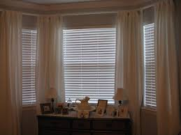 Venetian Blinds Inside Or Outside Recess Wide Blindsor Windows Modern Bathroom With Recessed Bathtub And