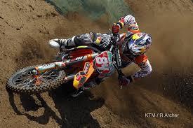 jeffrey herlings red bull ktm racer leading the world motocross