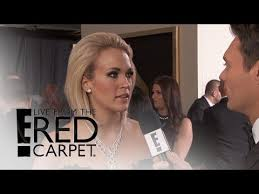 E Red Carpet Grammys Carrie Underwood Dazzles In Black At 2016 Grammys Live From The
