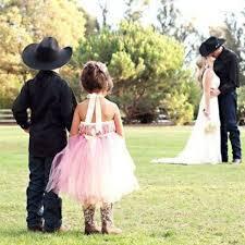 country wedding flower dresses 22 flower for country weddings weddingomania