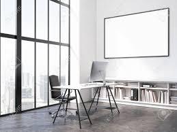 cadre photo bureau intérieur bureau avec le lieu de travail en blanc cadre photo sur