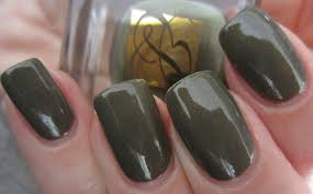 estée lauder u2013 pure color nail laquer in u0027metallic sage u0027 from the