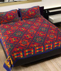 Bed Quilts Online India Grj India Rajasthani Jaipuri Print 8 Double Bed Sheet With 16