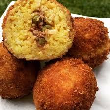 cuisine sicilienne arancini une merveille d arancini sicilien recette merveille italien et