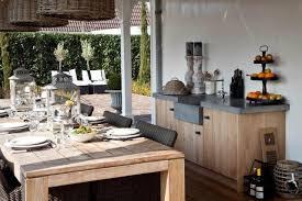 beautiful outdoor kitchens or by e84fa1b54050d73a5a5e1e5ec07e6be6