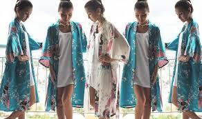 bridesmaid satin robes set of 5 kimono satin robes personalized smileland