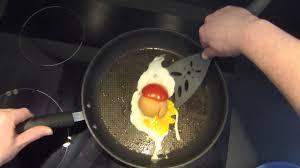 faire r馘uire en cuisine comment faire cuire un oeuf sur le plat recette du chef